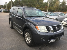 10-pathfinder-le-4x4-dark-slate-chacoal-leather-navigation-moonroof-nissan-of-lagrange-atlanta-columbus-auburn-newnan-3