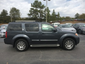 10-pathfinder-le-4x4-dark-slate-chacoal-leather-navigation-moonroof-nissan-of-lagrange-atlanta-columbus-auburn-newnan-4