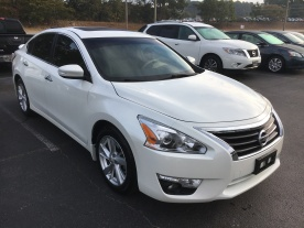 15-altima-sl-technology-package-pearl-white-tan-leather-nissan-of-lagrange-atlanta-auburn-columbus-newnan-422681a-3