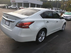 15-altima-sl-technology-package-pearl-white-tan-leather-nissan-of-lagrange-atlanta-auburn-columbus-newnan-422681a-5