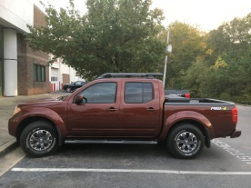 preowned-16-frontier-crew-cab-pro4x-forged-copper-nissan-of-lagrange-luxury-package-factory-toolbox-8