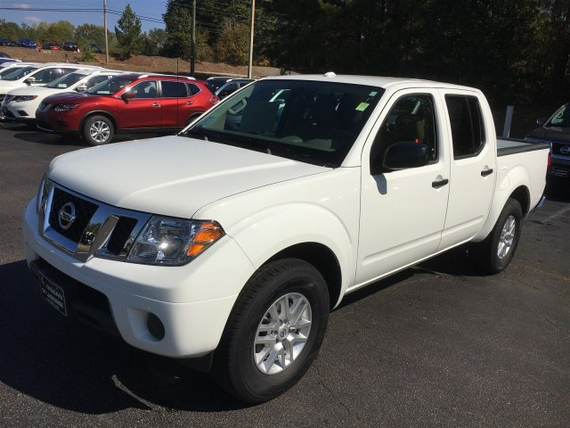NEW Frontiers at USED Frontier prices this weekend – $4000 off our 8 remaining Nissan Frontier Crew Cabs at Nissan of LaGrange