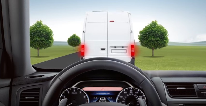 Let Your Nissan Take on Sudden Stops with Foward Collision Warning and EmergencyBraking