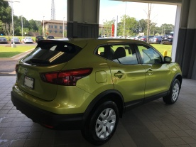 2017 Rogue Sport S Nitro Lime Nissan of LaGrange Atlanta Auburn Columbus Newnan Carrollton (5)