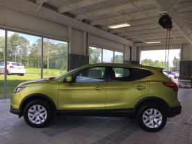2017 Rogue Sport S Nitro Lime Nissan of LaGrange Atlanta Auburn Columbus Newnan Carrollton (8)